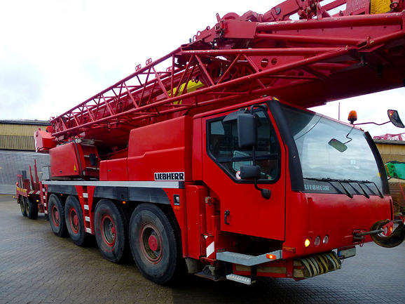 liebherr-mobile-crane