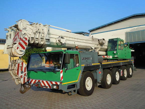 Buy used mobile cranes from KHB
